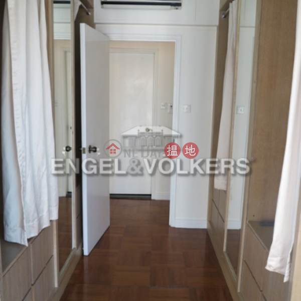 HK$ 29,000/ month Hillsborough Court, Central District | 2 Bedroom Flat for Rent in Central Mid Levels