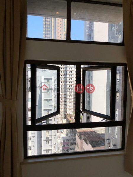 Flat for Rent in Tower 2 Hoover Towers, Wan Chai | Tower 2 Hoover Towers 海華苑2座 Rental Listings
