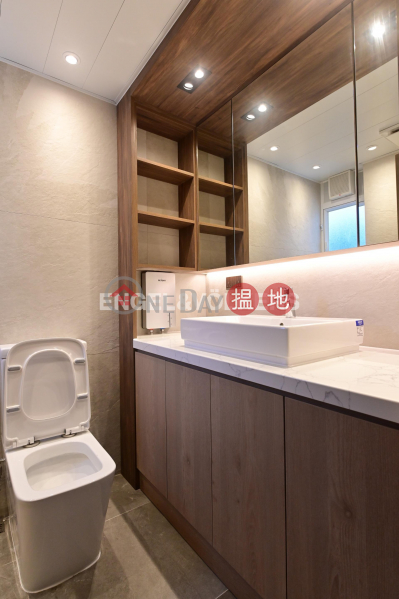 2 Bedroom Flat for Rent in Wan Chai, Linway Court 年威閣 Rental Listings | Wan Chai District (EVHK99745)