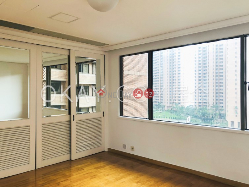 Popular 2 bedroom on high floor with parking   Rental   Parkview Club & Suites Hong Kong Parkview 陽明山莊 山景園 Rental Listings