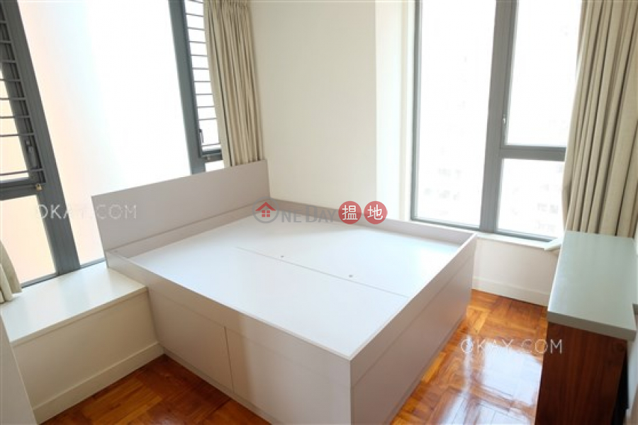 HK$ 25,500/ month 18 Catchick Street Western District Practical 2 bedroom with balcony   Rental