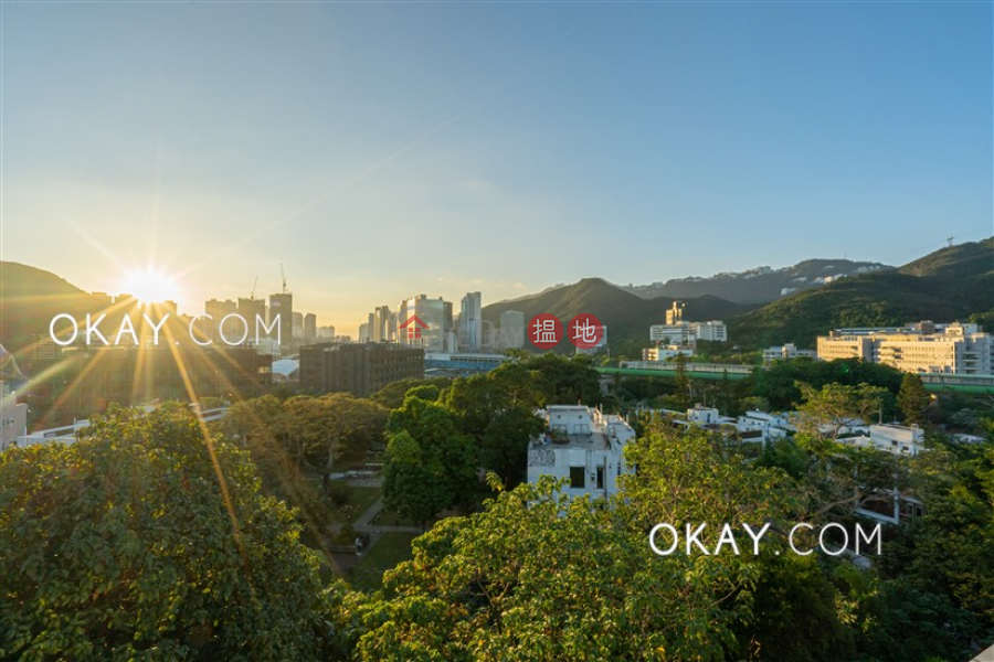 Property Search Hong Kong | OneDay | Residential, Sales Listings | Gorgeous penthouse with rooftop, balcony | For Sale