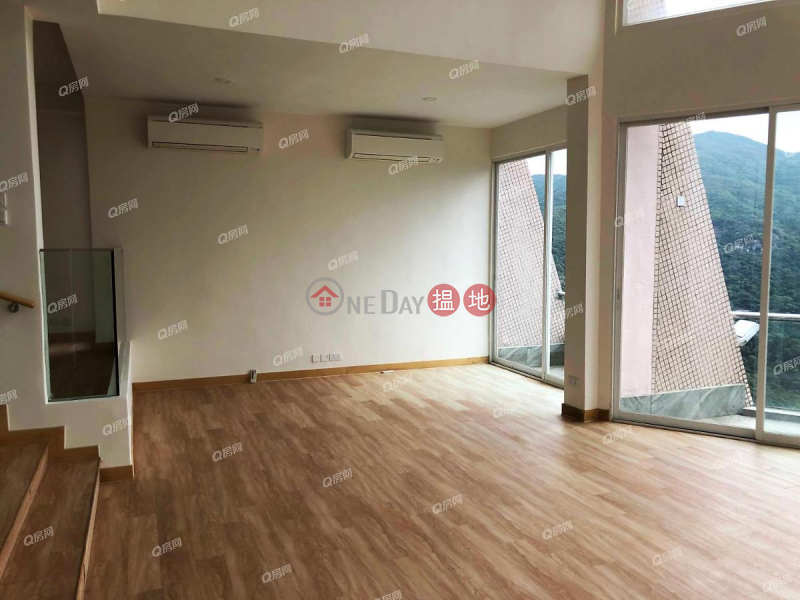Bayview | 3 bedroom House Flat for Sale 21-35 Black\'s Link | Wan Chai District, Hong Kong | Sales HK$ 320M
