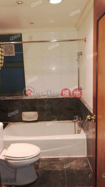 Property Search Hong Kong | OneDay | Residential Sales Listings Parkside Villa Block 6 | 3 bedroom Low Floor Flat for Sale