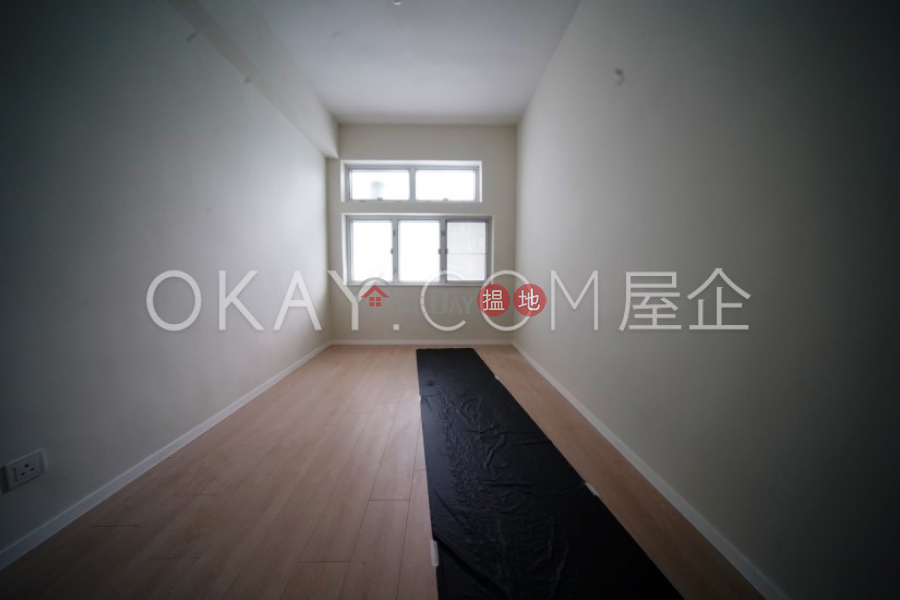 HK$ 62,000/ 月|文都新邨西貢-4房3廁,實用率高,連車位,露台文都新邨出租單位