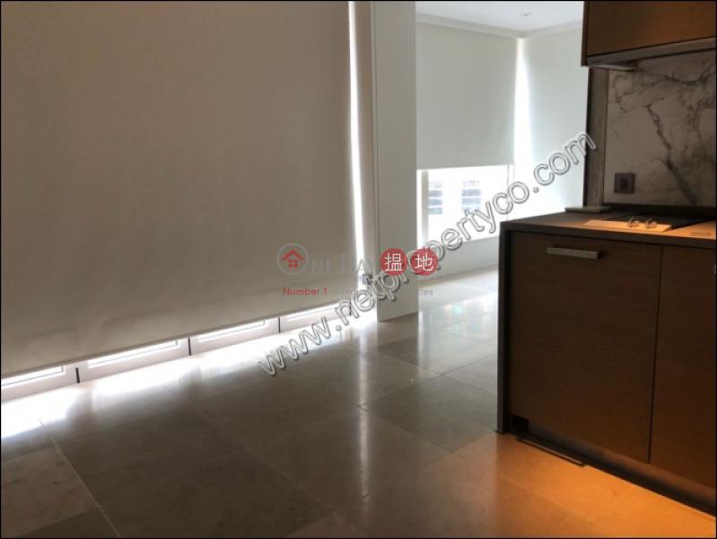HK$ 24,000/ 月|Eight South Lane西區南里
