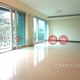 Rare 4 bedroom with balcony & parking | Rental