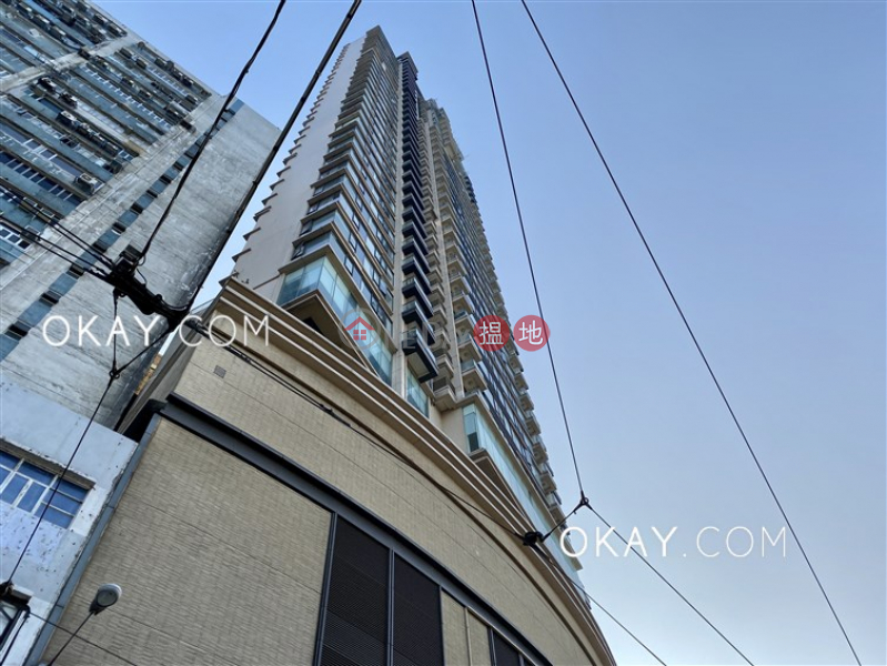 HK$ 34M, Harbour One | Western District, Lovely 3 bedroom with sea views & balcony | For Sale