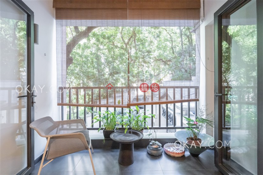 Efficient 2 bedroom with balcony | For Sale | Wah Hing Industrial Mansions 華興工業大廈 Sales Listings