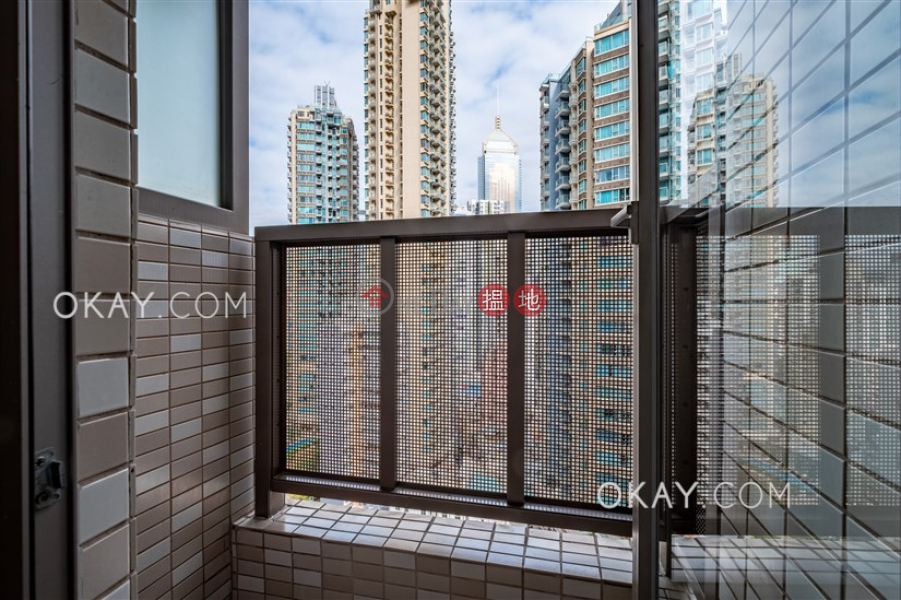 Charming 1 bedroom on high floor with balcony | Rental | GardenEast 皇后大道東222號 Rental Listings