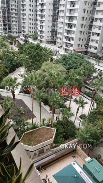 3房2廁,實用率高,星級會所,可養寵物《城市花園1期4座出售單位》233電氣道   東區香港-出售-HK$ 2,200萬