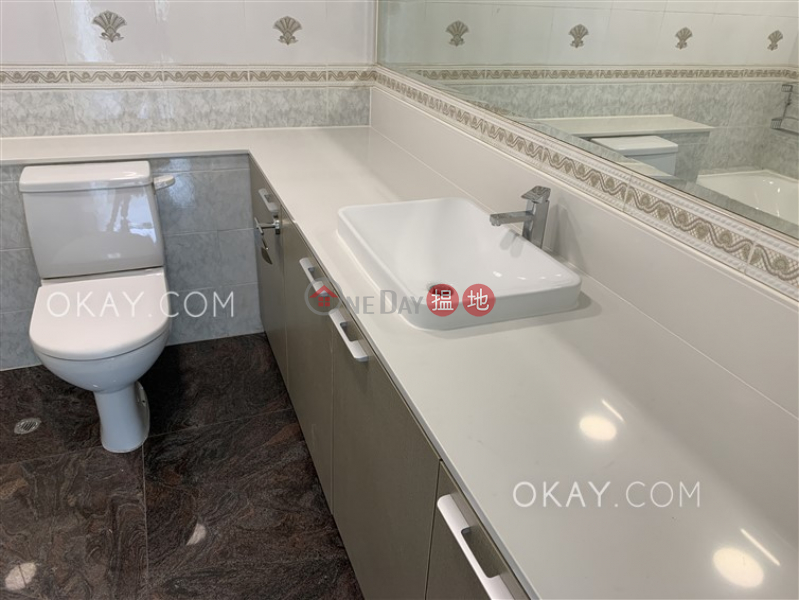 3房2廁,連車位,露台《帝柏園出租單位》-43碧荔道   西區-香港 出租HK$ 60,000/ 月