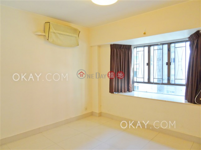 HK$ 13.28M | Beverley Heights Eastern District Tasteful 3 bedroom with balcony & parking | For Sale