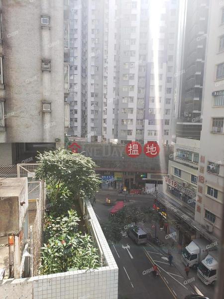 香港搵樓|租樓|二手盤|買樓| 搵地 | 住宅-出售樓盤交通方便,實用兩房,超大戶型《金威樓買賣盤》