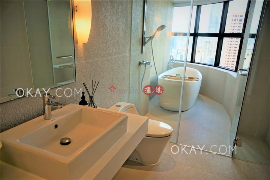 Unique 4 bedroom with parking | Rental, Queen\'s Garden 裕景花園 Rental Listings | Central District (OKAY-R23301)