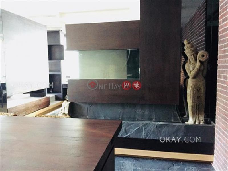 Lovely 1 bedroom with balcony | Rental, J Residence 嘉薈軒 Rental Listings | Wan Chai District (OKAY-R86001)