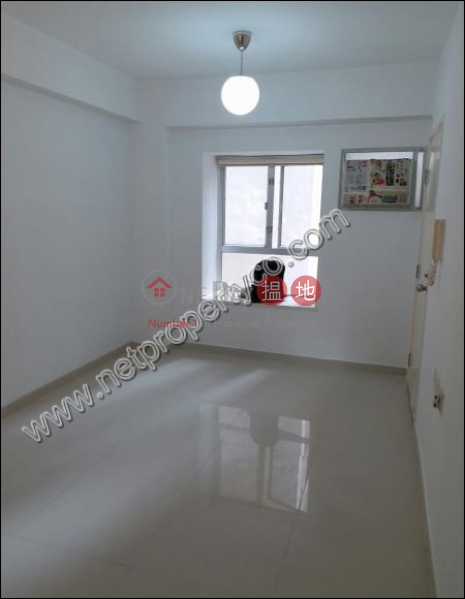 HK$ 22,000/ month Woodlands Court | Central District, Newly Decorated residential for Rent