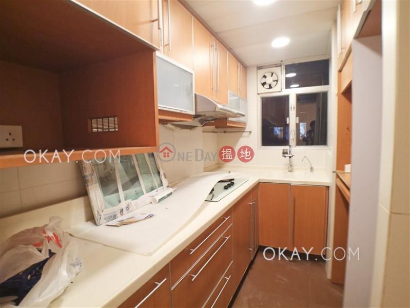 Popular 3 bedroom on high floor with balcony & parking | Rental | Flora Garden 富麗園 Rental Listings
