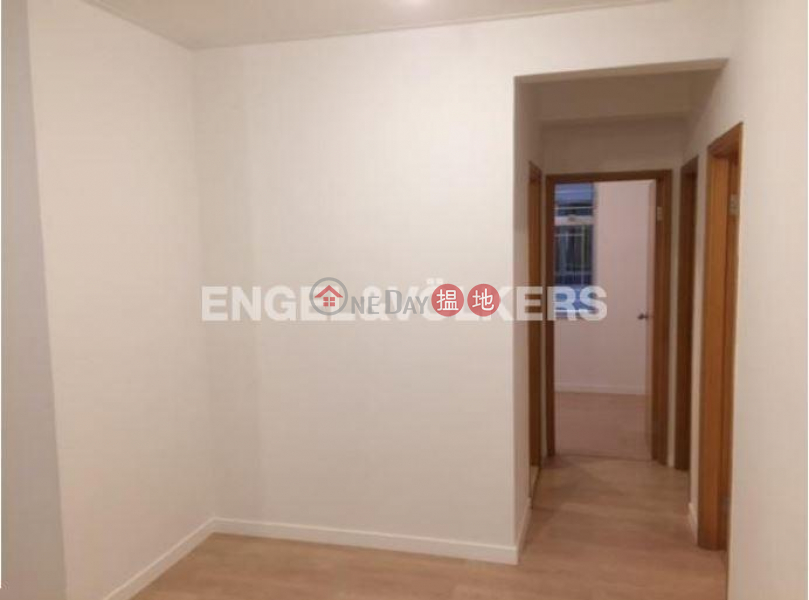 3 Bedroom Family Flat for Rent in Causeway Bay | Hyde Park Mansion 海德大廈 Rental Listings