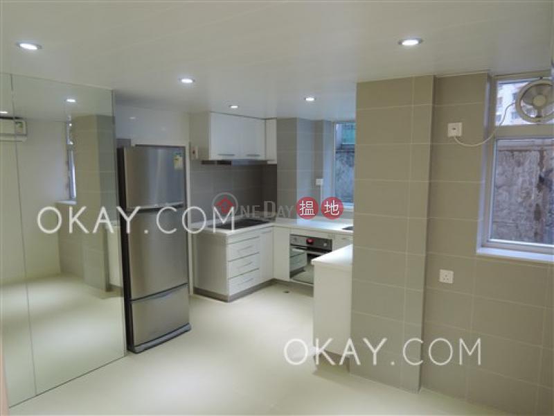 HK$ 45,000/ 月 藍塘大廈-灣仔區-3房3廁,實用率高,露台,馬場景《藍塘大廈出租單位》