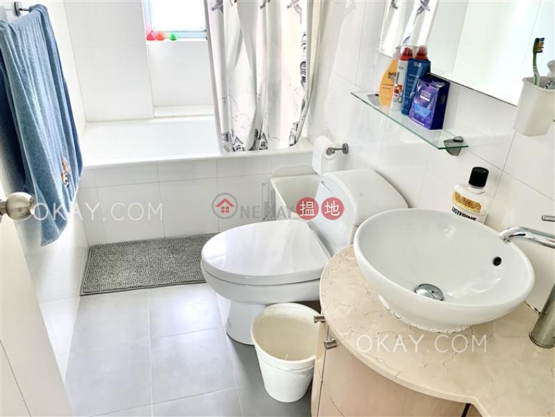 3房2廁,實用率高,極高層,連車位《銀星閣出租單位》22-26山村道 | 灣仔區-香港-出租HK$ 45,000/ 月