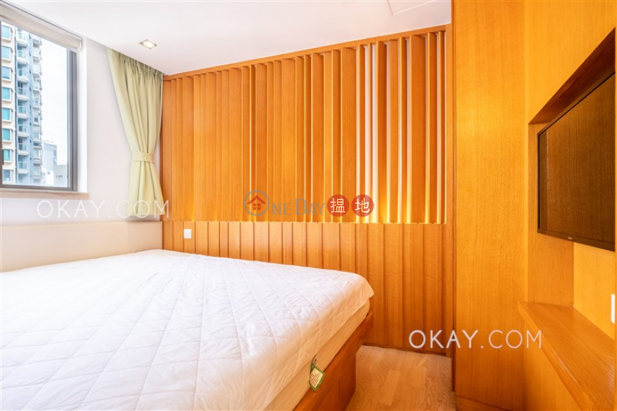 HK$ 29,100/ 月-皇后大道東222號 灣仔區 1房1廁,極高層,露台《皇后大道東222號出租單位》