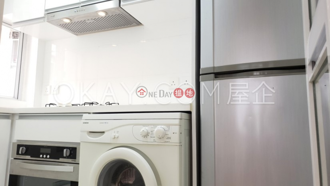 Property Search Hong Kong | OneDay | Residential, Rental Listings Tasteful 2 bedroom in Mid-levels West | Rental