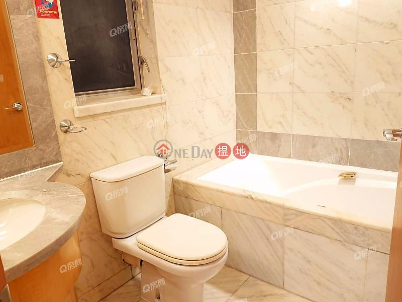 The Waterfront Phase 1 Tower 3 | 3 bedroom Mid Floor Flat for Rent, 1 Austin Road West | Yau Tsim Mong | Hong Kong, Rental, HK$ 41,000/ month