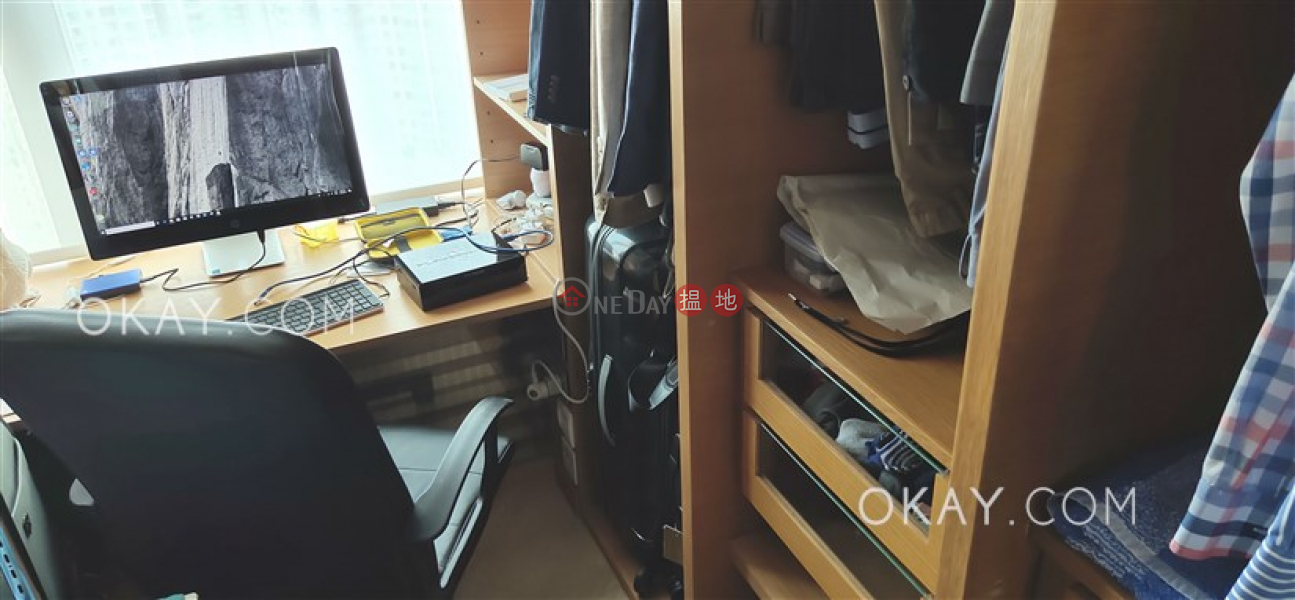 Property Search Hong Kong | OneDay | Residential | Sales Listings Nicely kept 1 bed on high floor with sea views | For Sale
