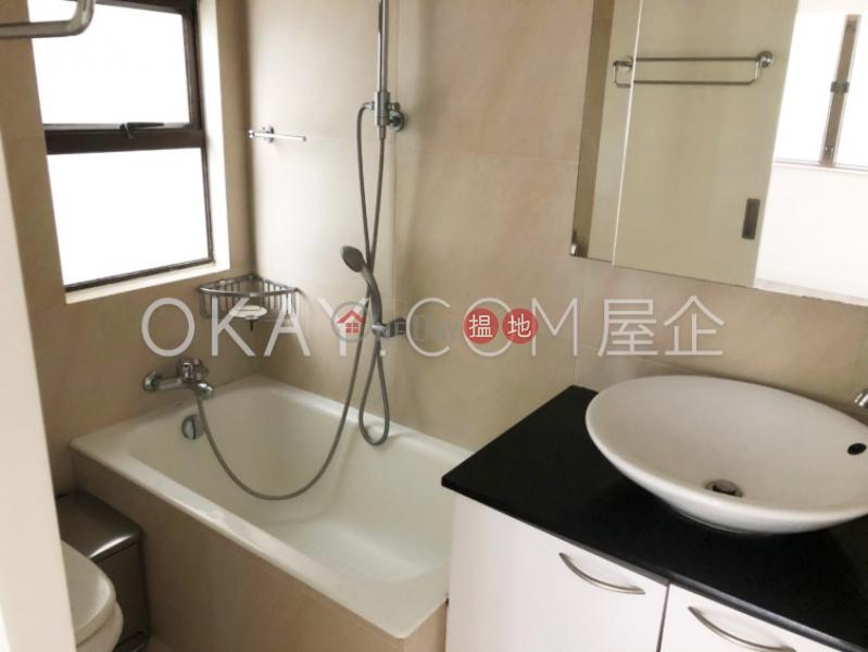 2房1廁,實用率高,極高層輝鴻閣出售單位 輝鴻閣(Excelsior Court)出售樓盤 (OKAY-S23758)