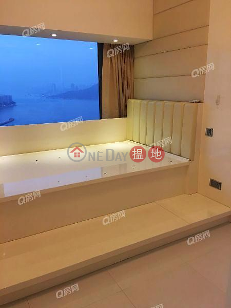 HK$ 1,060萬 藍灣半島 9座-柴灣區 璀璨迷人海景單位《藍灣半島 9座買賣盤》