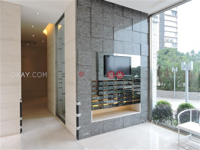 HK$ 31M, Wisdom Court Block B | Western District Unique 3 bedroom on high floor with parking | For Sale