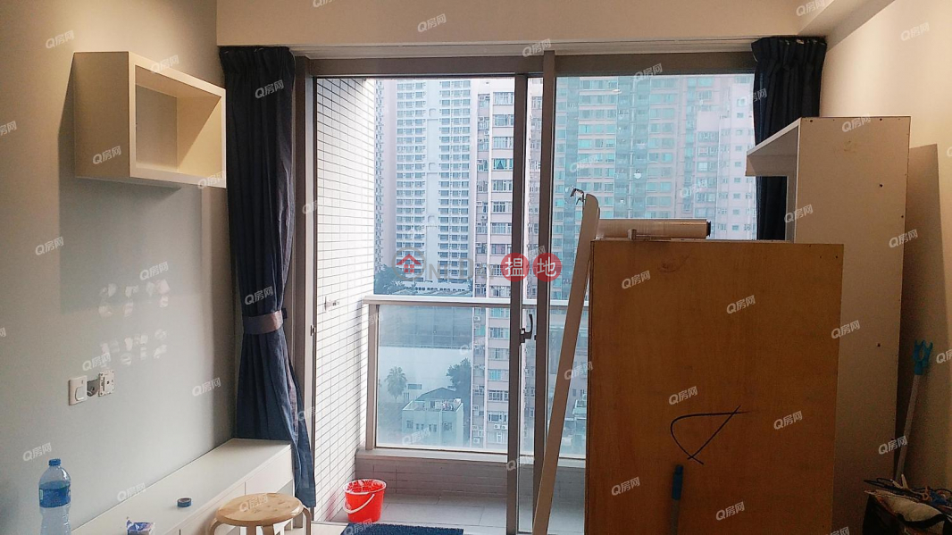 HK$ 32,000/ month, Island Crest Tower1 Western District, Island Crest Tower1 | 2 bedroom Mid Floor Flat for Rent