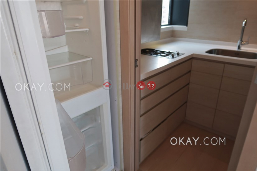 Popular 2 bedroom with balcony | For Sale | Altro 懿山 Sales Listings