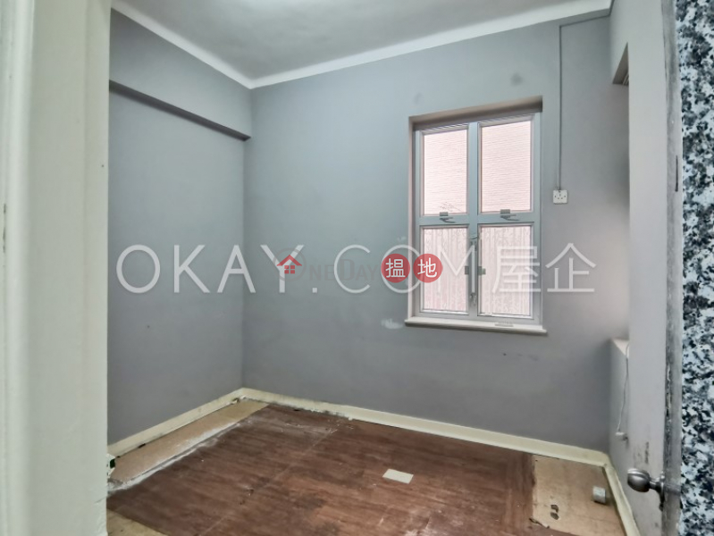 HK$ 35,000/ month 49B-49C Robinson Road, Western District | Nicely kept 3 bedroom with balcony | Rental