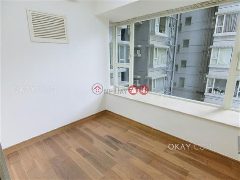 HK$ 28,000/ month Centrestage Central District | Elegant 2 bedroom with balcony | Rental