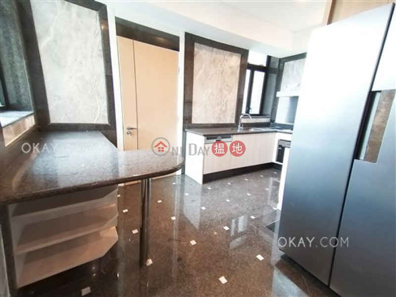 Gorgeous 4 bed on high floor with sea views & parking | Rental | 3 Repulse Bay Road 淺水灣道3號 Rental Listings