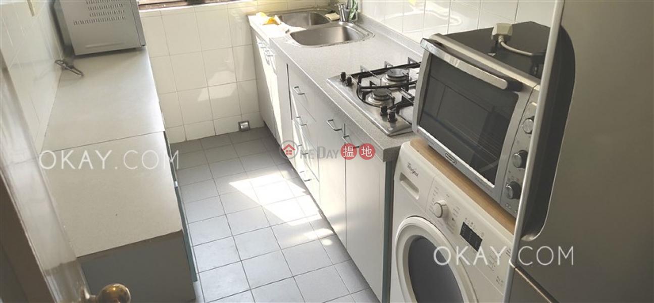HK$ 36,000/ month, Tycoon Court Western District Rare 2 bedroom on high floor   Rental