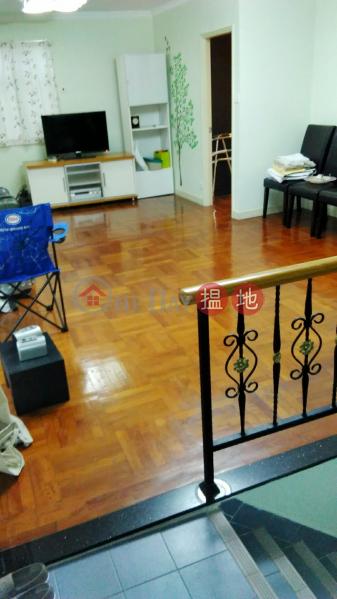 **內置樓梯** ***三樓連天台** 包車位汀角路 | 大埔區-香港|出租|HK$ 14,800/ 月