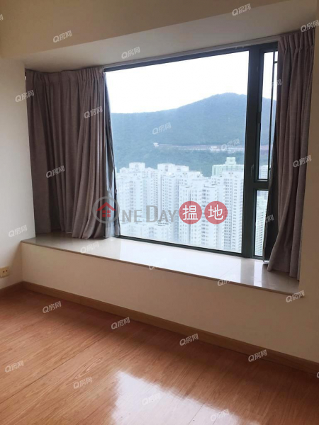景觀開揚,遠眺翠綠山巒《藍灣半島 3座租盤》-28小西灣道 | 柴灣區|香港出租HK$ 18,000/ 月