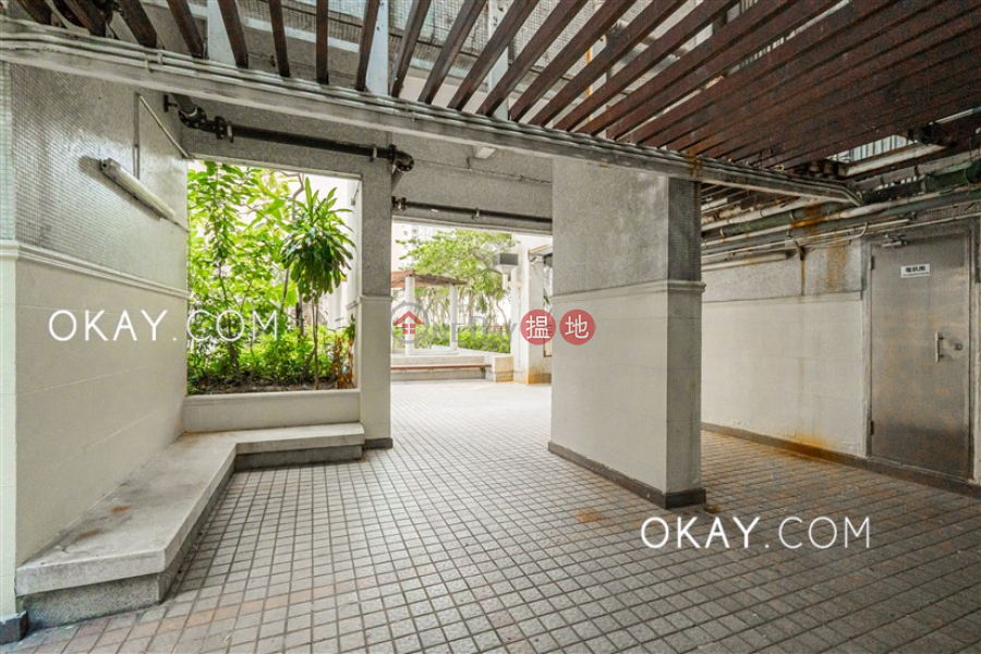 Property Search Hong Kong | OneDay | Residential Sales Listings | Unique 3 bedroom on high floor | For Sale