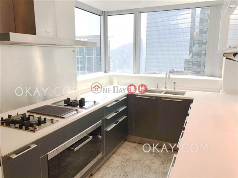 HK$ 135,000/ 月天璽21座1區(日鑽)油尖旺-4房3廁,極高層,星級會所《天璽21座1區(日鑽)出租單位》