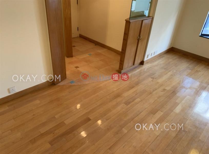 香港搵樓|租樓|二手盤|買樓| 搵地 | 住宅出租樓盤2房1廁,極高層,連車位《駿豪閣出租單位》