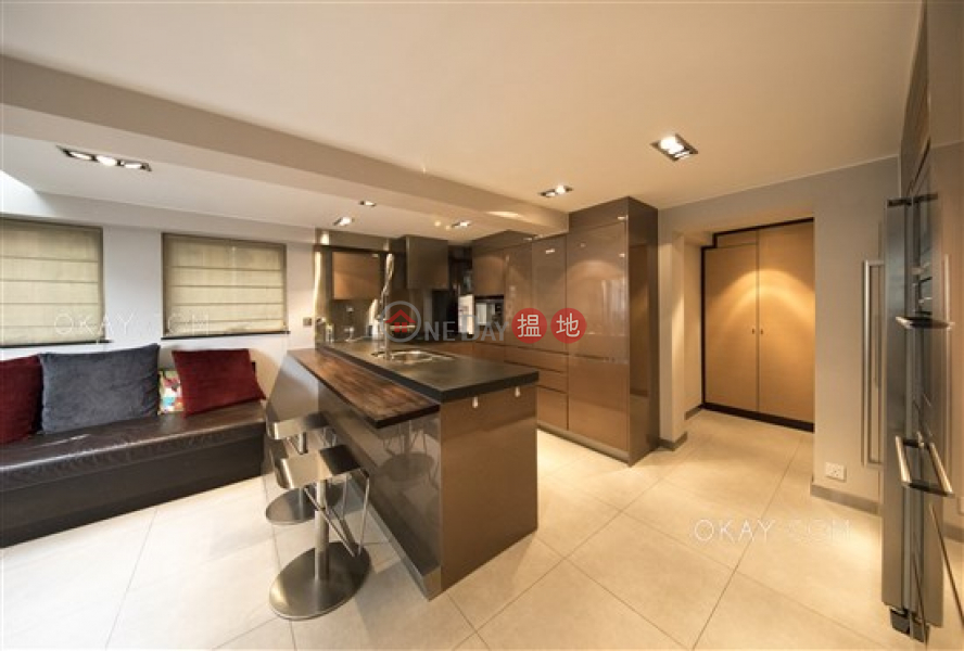 HK$ 38,000/ month | Luckifast Building Wan Chai District Gorgeous 1 bedroom on high floor with terrace | Rental