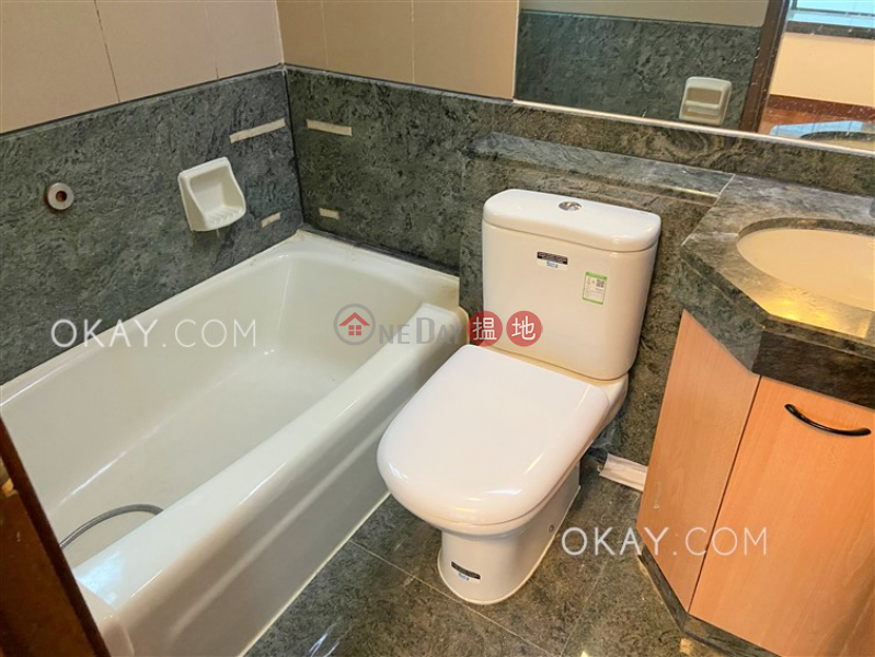 Popular 3 bedroom in Mid-levels West | Rental, 28 Caine Road | Western District Hong Kong | Rental | HK$ 25,000/ month