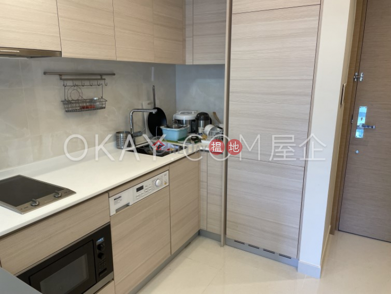 Elegant 1 bedroom with balcony | For Sale | Mantin Heights 皓畋 Sales Listings