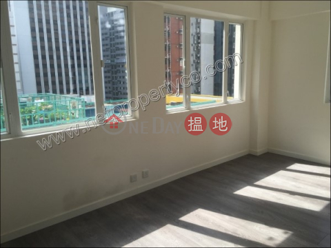 Unit with rooftop for sale with lease in Wan Chai|Kin On Building(Kin On Building)Sales Listings (A057837)_0