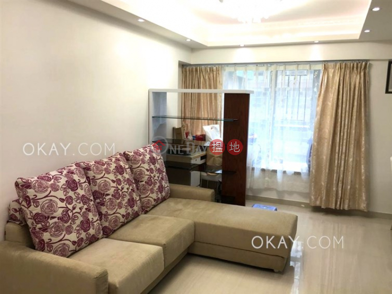 Charming 1 bedroom in Sheung Wan | For Sale | Queen\'s Terrace 帝后華庭 Sales Listings