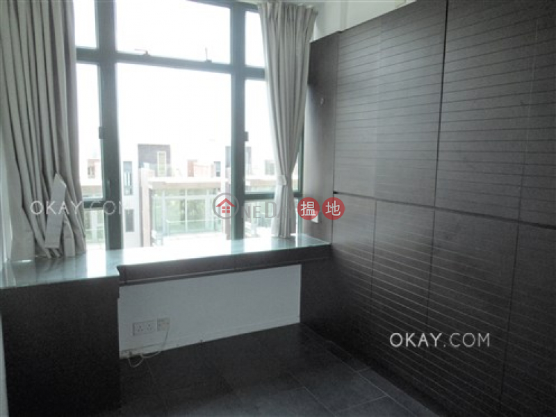 Exquisite 3 bed on high floor with rooftop & parking | For Sale | Stanford Villa Block 4 旭逸居4座 Sales Listings