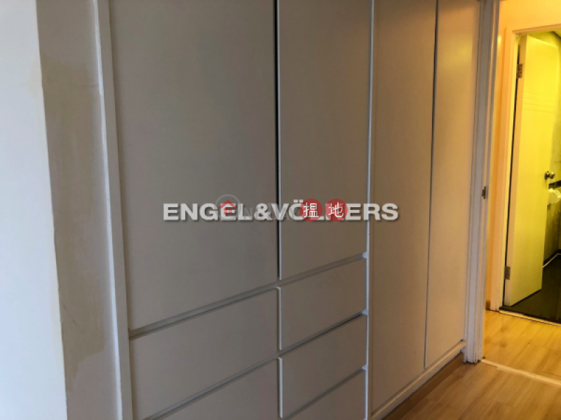 3 Bedroom Family Flat for Rent in Sheung Wan | Ko Shing Building 高陞大廈 Rental Listings